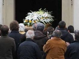 Un funerale