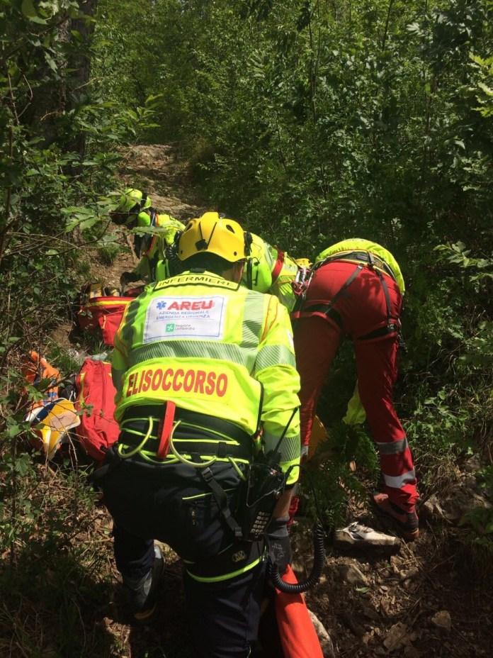 Un'immagine del soccorso alpino in azione, foto da ufficio stampa, www.bsnews.it