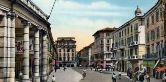 Corso Zanardelli senza auto in una cartolina degli anni Cinquanta