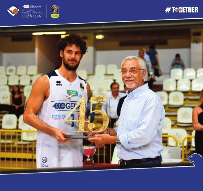 La Germani Basket alza il trofeo Sant'Ambrogio