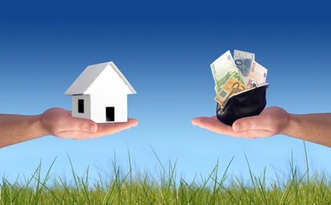 Sempre più persone si rivolgono all'on line per i mutui