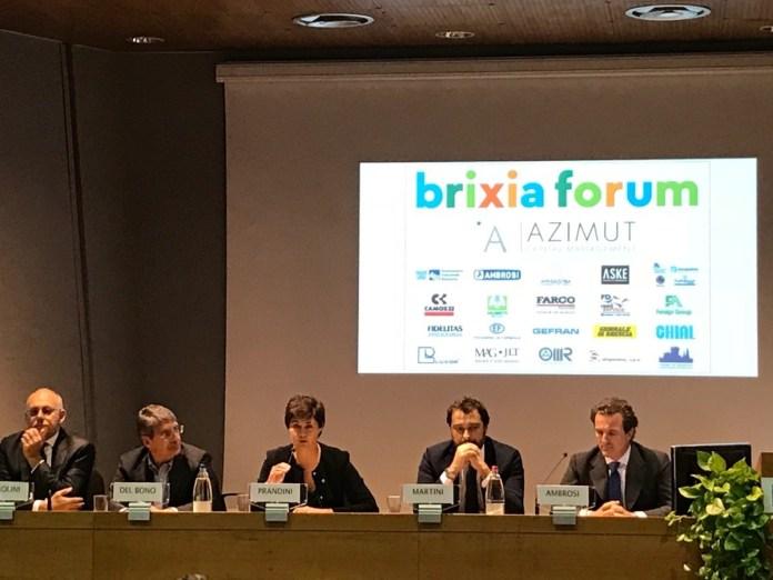Il tavolo dei relatori dell'iniziaitiva di Brixia Forum: Parolini, Del Bono, Prandini, Martini, Ambrosi. Foto da ufficio stampa