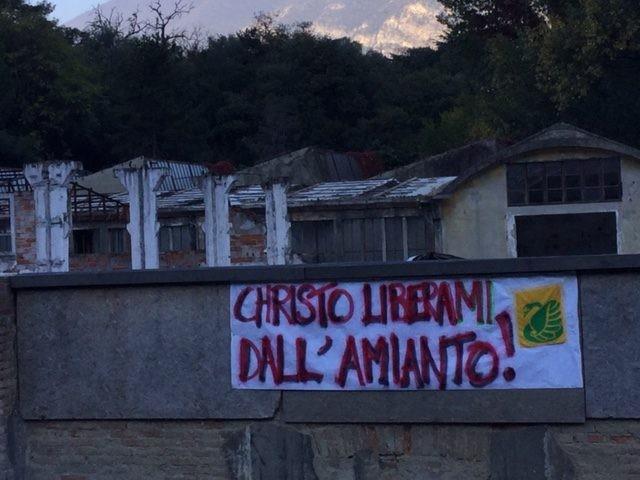 La protesta di Legambiente Sebino