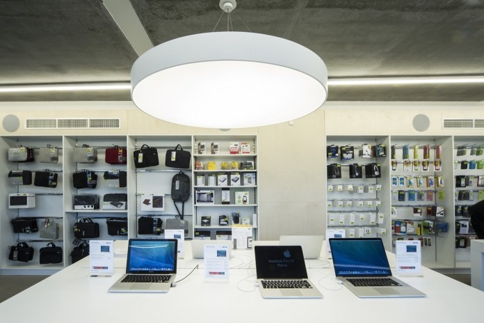 White store Apple a Brescia ed Erbusco