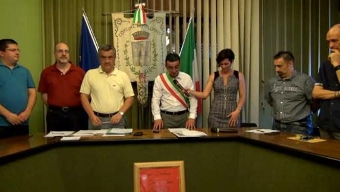 Il sindaco di Malonno Stefano Gelmi nel momento dell'insediamento