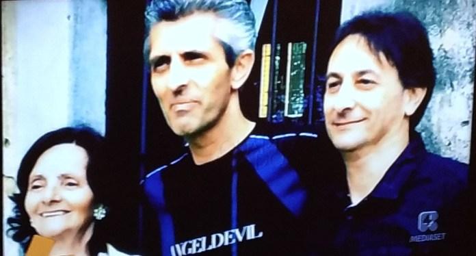 Roberto Bracchi in una foto con il fratello diffusa dalla trasmissione Quarto Grado