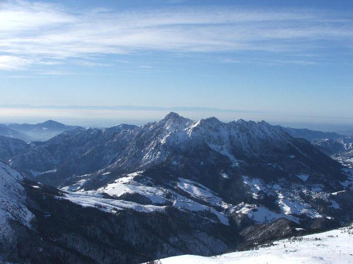 Il monte Alben, in provincia di Bergamo, foto da Wikipedia