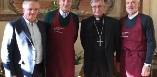 Da sinistra: il Diacono Giorgio Cotelli, il Presidente di AIB Giuseppe Pasini, il Vescovo di Brescia Mons. Pierantonio Tremolada e il Direttore di AIB Marco Nicolai
