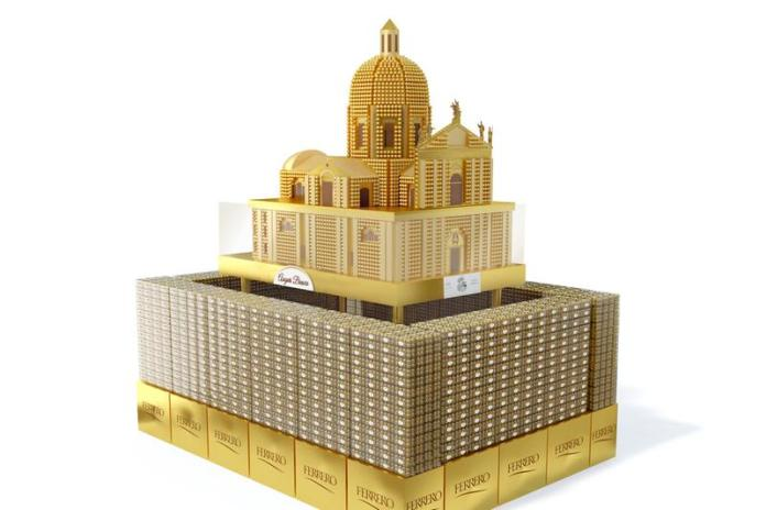 Il Duomo di Brescia realizzato con i Ferrero Rocher