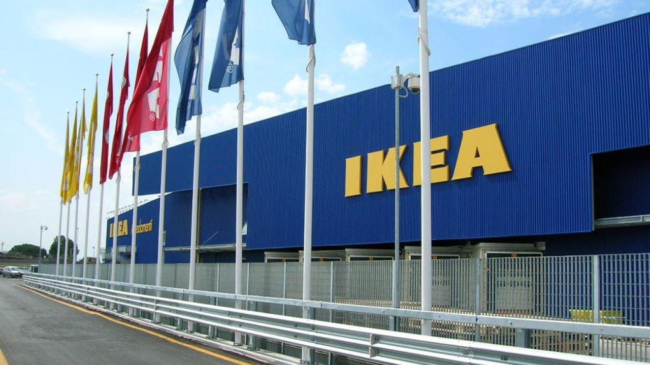 Ikea Mamma Licenziata Due Ore Di Sciopero A Roncadelle