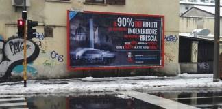 Uno dei manifesti della campagna informativa di Emergenza Ambiente