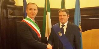 Il sindaco di Offlaga Gian Carlo Mazza con il presidente della Provincia Pier Luigi Mottinelli