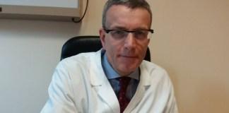 Il dottor Luigi Rizzi, direttore dell'Ortopedia all'ospedale di Manerbio
