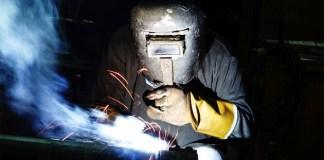 Adecco offre un corso di qualificazione in saldatura - www.bsnews.it