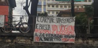Uno striscione comparso al Carmine contro i gazebo annunciato da Forza Nuova, foto Laura Castagna