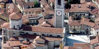 Una veduta aerea della città di Chiari, in provincia di Brescia