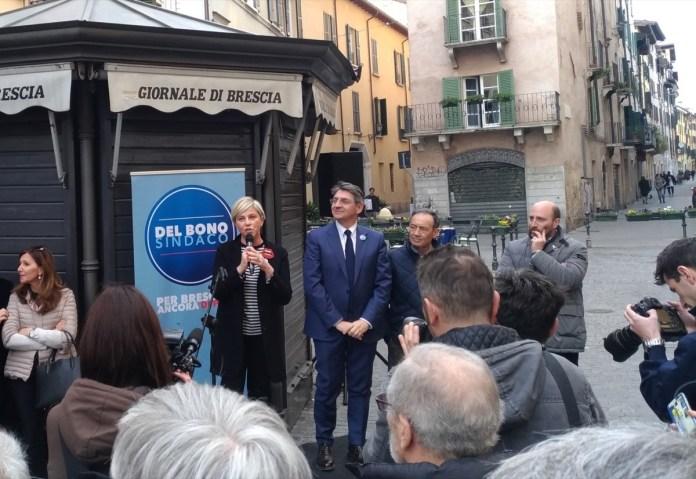 Emilio Del Bono e Laura Castelletti all'inaugurazione del comitato elettorale Del Bono, foto Andrea Tortelli BsNews.it