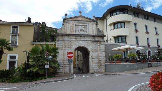 Salò, Porta San Giovanni