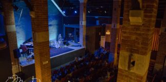 Il nuovo teatro Der Mast di Brescia, dietro all'Esselunga di via Milano