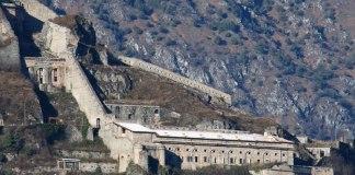 Caserma della Gola o Grande e Piazza d'Armi della Rocca d'Anfo