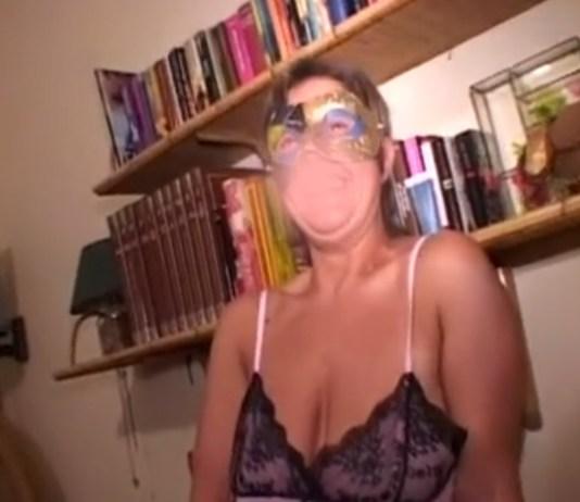 Un frame del nuovo video hard girato a Desenzano del Garda
