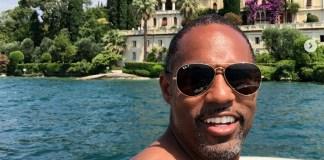 L'attore americano Jason Winston George in vacanza sul lago di Garda, foto da Instagram