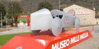 L'installazione alle porte del Museo della Mille Miglia di Brescia