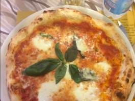 La Margherita della pizzeria San Benedetto di Desenzano del Garda nella foto di un utente di Tripadvisor
