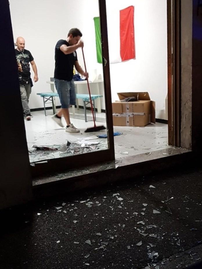 Forza Nuova, la sede con la vetrina rotta