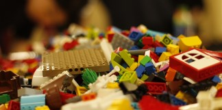 I mattoncini Lego, foto da Pixabay