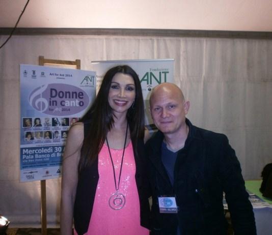 Luisa Corna con il giornalista Diego Trapassi