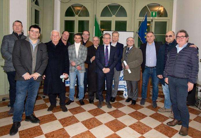Gli imprenditori premiato da Confartigianato a Villa Carcina