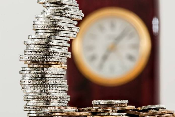 Soldi e tempo, foto generica da Pixabay