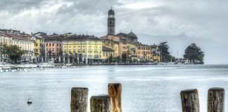 Una splendida veduta di Salò, foto da Pixabay
