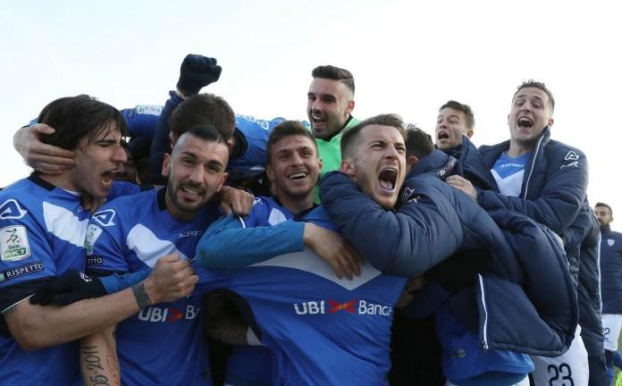 esultanza per il gol 2-0 di Alfredo Donnarumma, Brescia - Crotone partita di serie B, Brescia 23 febbraio 2019. Ph Fotolive Simone Venezia