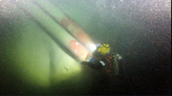 Le condotte in profondità nel Garda, foto Acque Bresciane