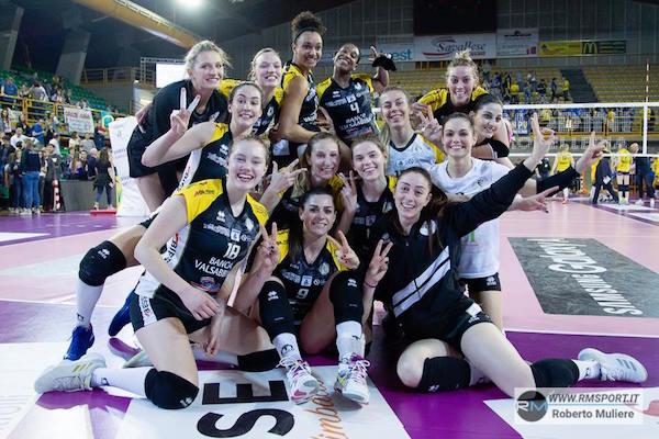 Brescia festeggia e si conferma bestia nera dell'Imoco (Foto Roberto Muliere per Rm Sport)