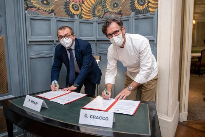 L'assessore regionale Fabio Rolfi e lo chef Carlo Cracco - foto da Fabio Rolfi