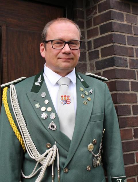 Jägermajor Frank Hassels-Reuter jaegermajor[at]bsv-noithausen.de