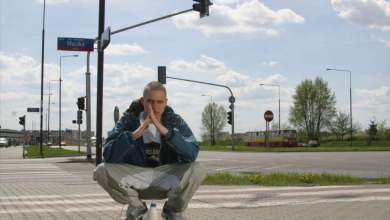 "Photo of 8. EIS feat. PEZET, TEN TYP MES – ""W szponach melanżu"" (official audio)."