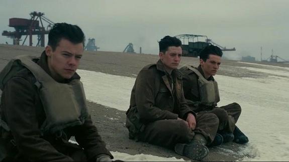 Harry Styles in Dunkirk FIlm- Christopher Nolan FIlm - Dunkirk Review - BTG Lifestyle