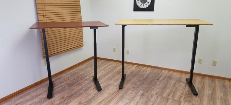 Standing Desk Comparison Uplift 900 Desk vs Jarvis Desk
