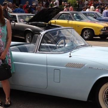 Lady @ Thunderbird