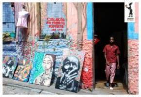 'Em Outubro do ano passado, criei a marca Almerinda e, em parceria com a Katuka Africanidades, lançámos a Colecção Alfabeto Infinito'