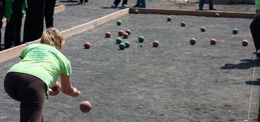 Juegos tradicionales de venezuela el gurrufio from i0.wp.com al hacerla girar y al detenerse deja una cara con la inscripción de la suerte por. Deportes tradicionales Canarios