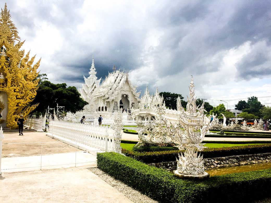 Wat Rong Khun, The White Temple | Chiang Mai Honeymoon | Travel | Bubbly Moments