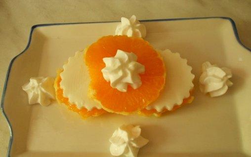 Retete Culinare - Miez de lapte cu portocala si frisca