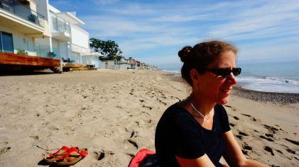 Notre future maison de plage, c'est la blanche, là, derrière :-)