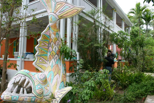Shopping Authentic Bahamian Souvenirs In Nassau