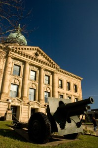 Lawrence County Courthouse in Ironton, Ohio. (Photo courtesy of Seicer through Creative Commons).